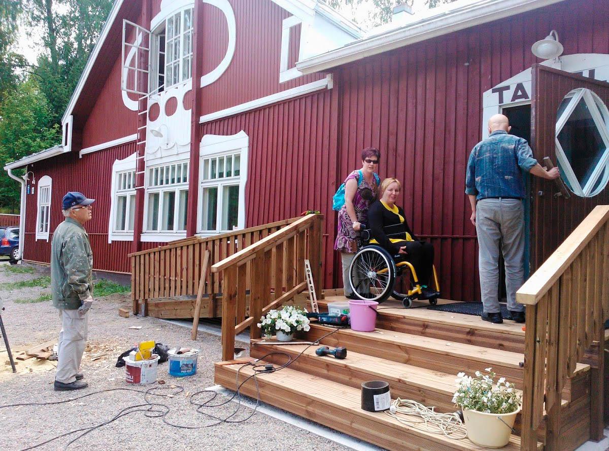 Jyväskylän seudun Nuorisoseuran kiertävä rempparyhmä
